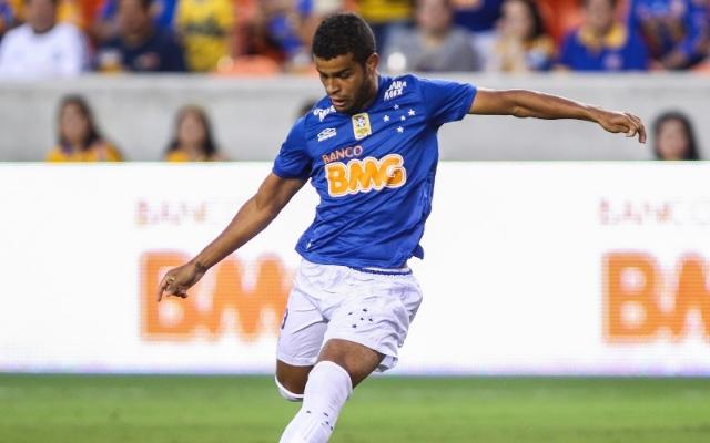Cruzeiro renova com Alisson at� junho de 2018