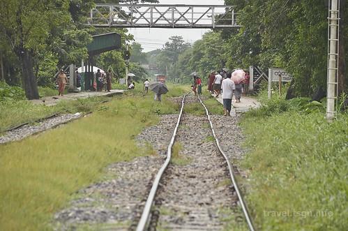 【写真】世界一周 : ヤンゴン・環状線