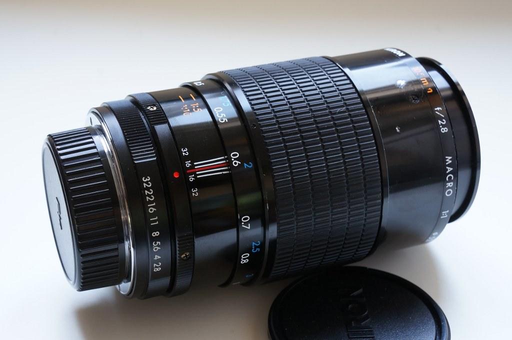 FS: Kiron 105mm f/2 8 1:1 macro lens (PK mount)