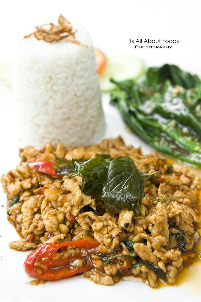kai-pad-ka-pao-rama-v-fine-thai-cuisine