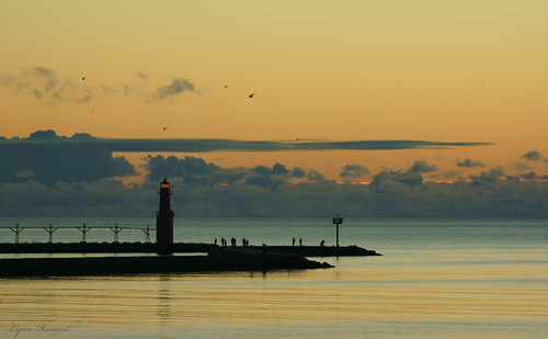 morning light lighthouse clouds sunrise pier fishing lakemichigan fishingpier sonya77 algomwi