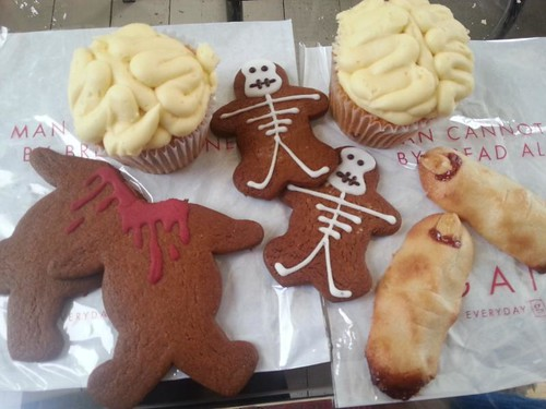 gails-bakery-halloween