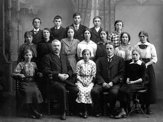 Avgangklasse Byåsen skole (1915)