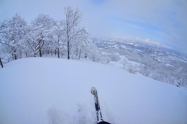 写真_新雪へ