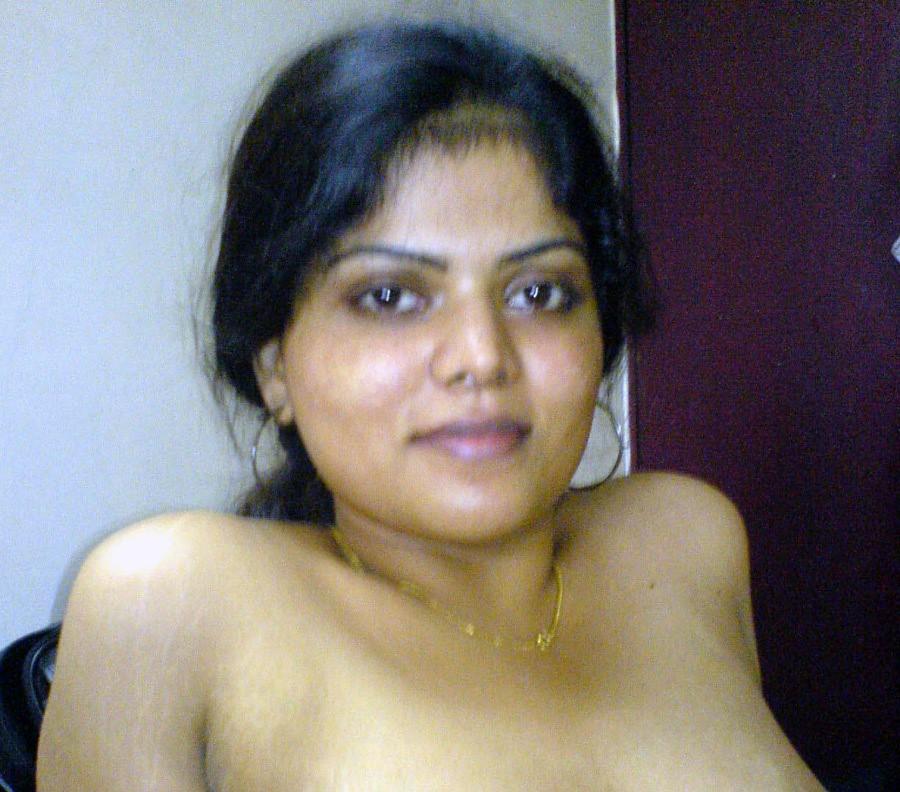 Sexy neha nair