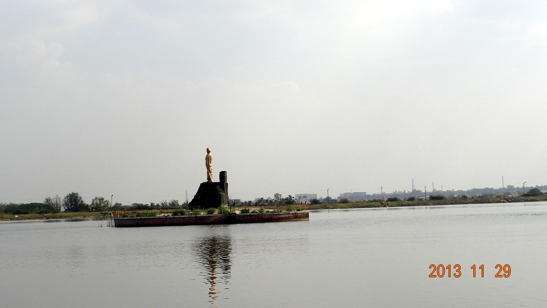 शहर के निवासियों और प्रशासन के संयुक्त प्रयास से साफ हुई झील, तालाब और चरागाह