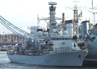 HMS Argyll F231 (1) @ Tower Bridge 16-01-14