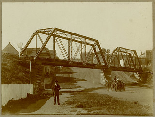 Ridiculously high res version of the Southern Pacific bridge over Dolores at 27th Street