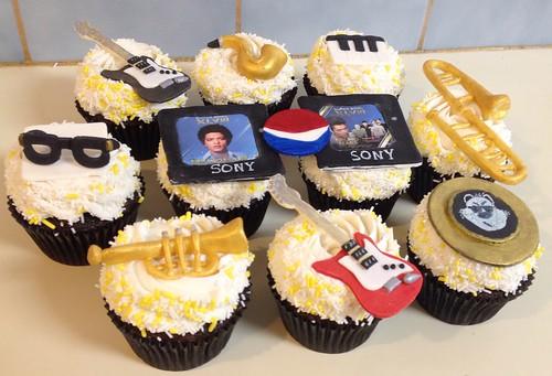 Super Bowl halftime cupcakes