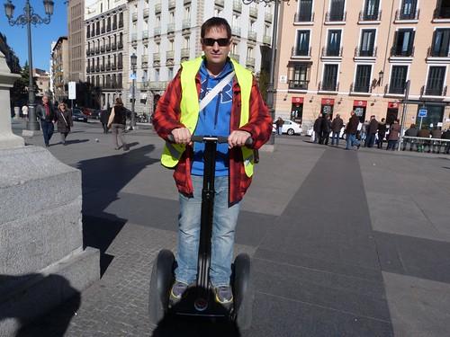 En un segway en Madrid