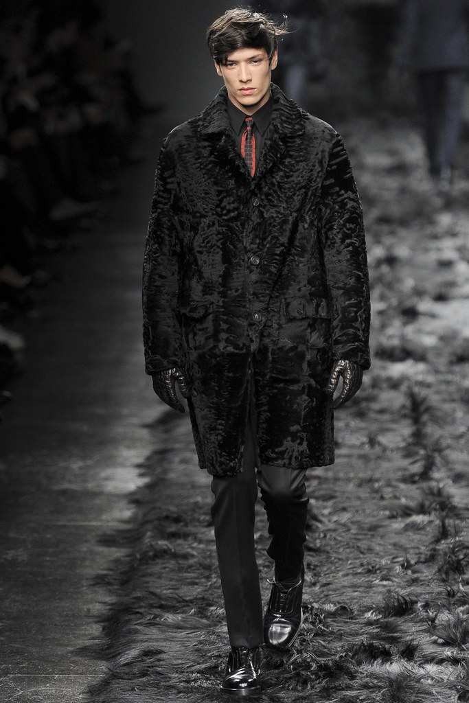 FW14 Milan Fendi041_Aaron Gatward(VOGUE)