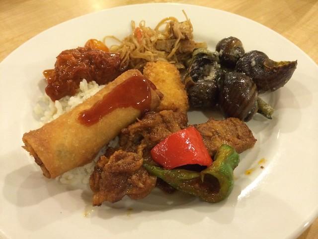 Filipino plate - DADS Kamayan Saisaki