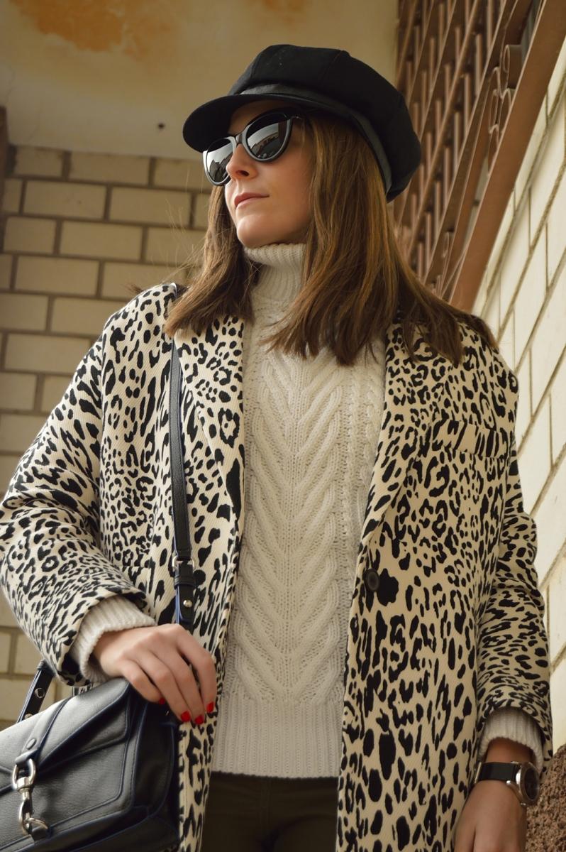 lara-vazquez-madlula-blog-stylr-black-white