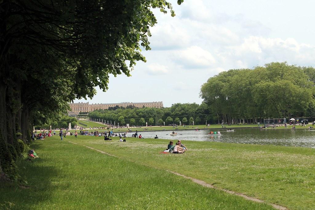 picnic-ing at versailles