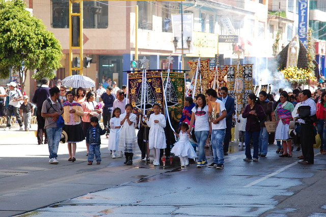 Semana Santa en Huaraz; Easter Week in Huaraz - Easter Sunday Procession