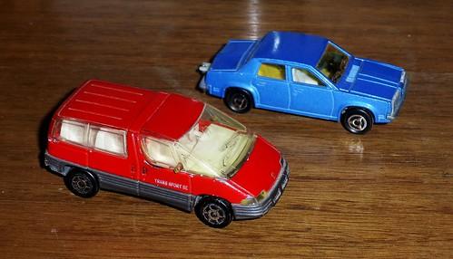 Majorette Pontiac Trans Sport & Oldsmobile Omega