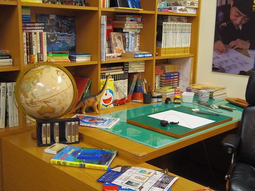 Fujiko-F-Fujio's desk