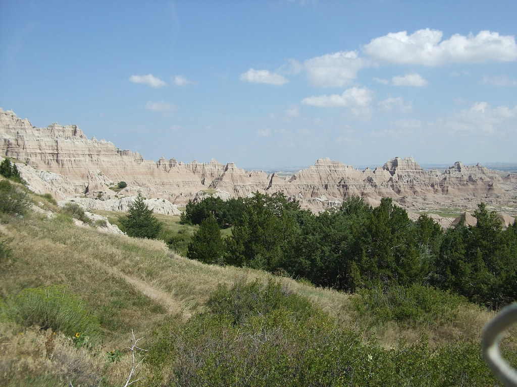 Enjoy The Rugged Beauty Of Badlands National Park South