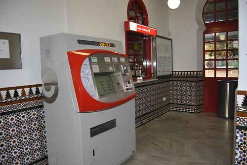 Máquina autoventa de billetes de tren