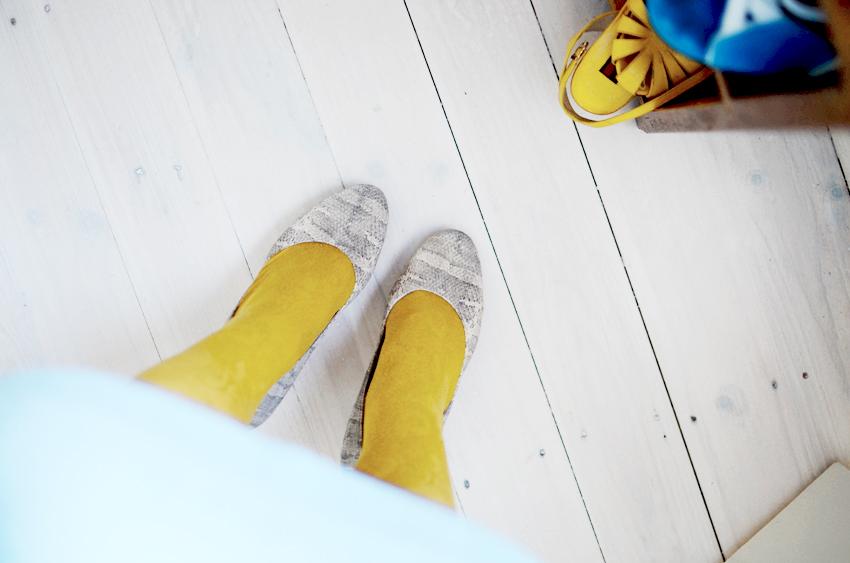 blue-mustard-wool f