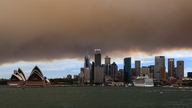 Sydney bushfire smoke over the CBD. [EXPLORED]
