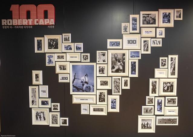 Photo Wall 100 Robert Capa