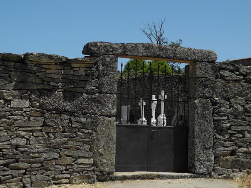 Cementerio de Fornillos
