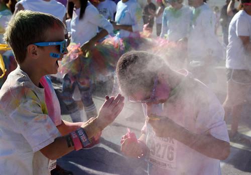I Could Throw Stuff At My Friend And Mom Didn't Even Get Mad! - Color Me Rad 5K - Las Vegas, NV