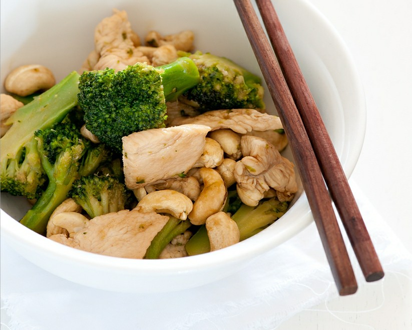 w3 chicken & broccoli stir fry