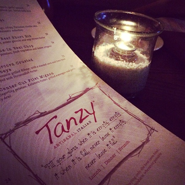 Date night with my hubby :) #tanzy #mizner #miznerpark @miznerpark