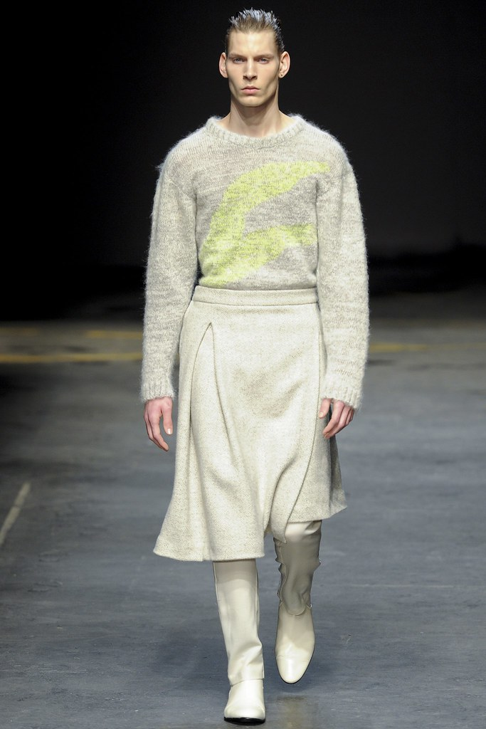 FW14 London MAN-Alan Taylor003_Alexander Faye(VOGUE)