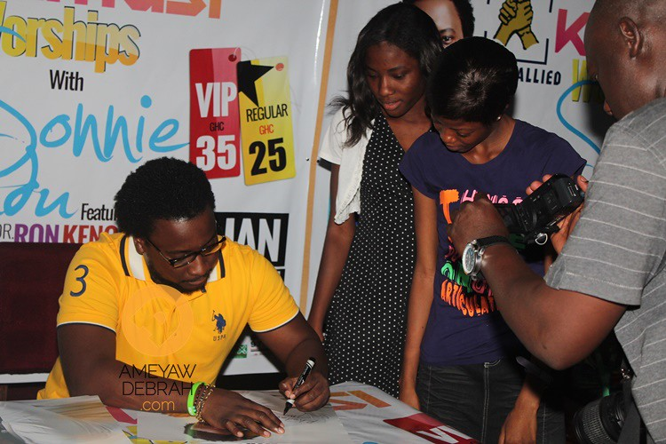sonnie badu at africa hall (6)
