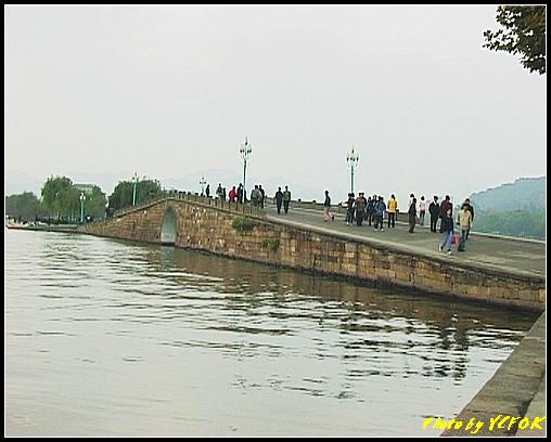 杭州 西湖 (其他景點) - 104 (從北山路湖畔看西湖十景之 斷橋)