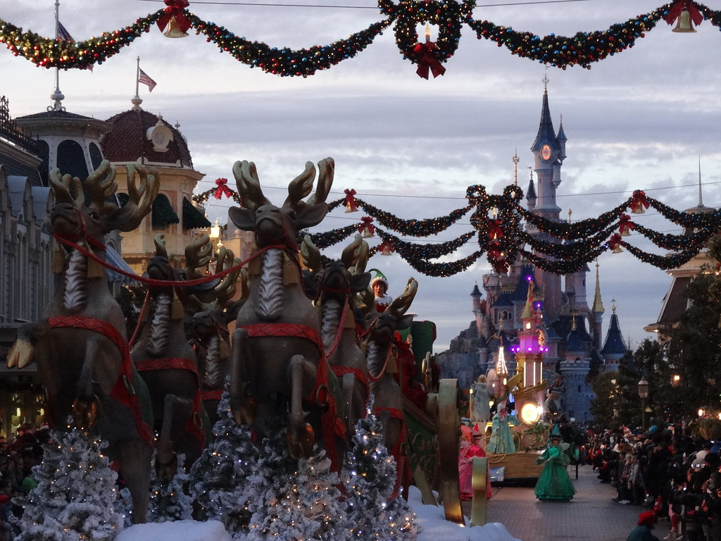Un séjour pour la Noël à Disneyland et au Royaume d'Arendelle.... - Page 4 13696030234_74d0b201d3_b