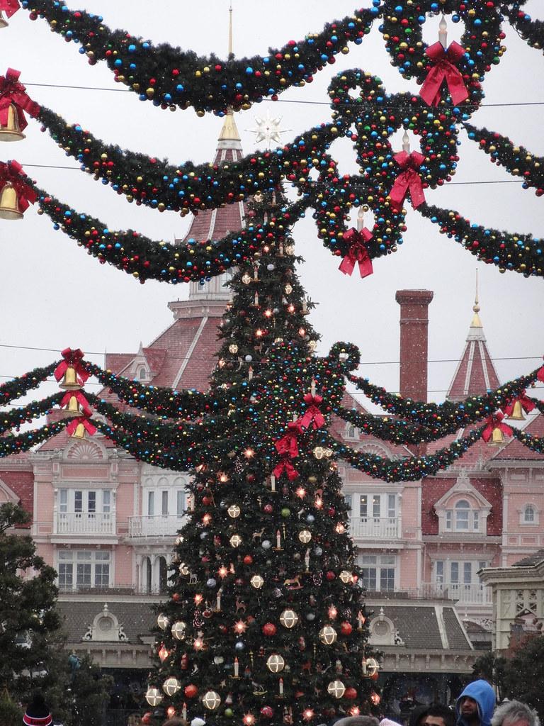 Un séjour pour la Noël à Disneyland et au Royaume d'Arendelle.... - Page 6 13900120984_bdc5d9ccb8_b