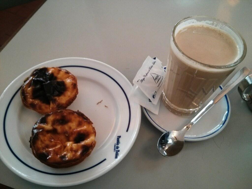 Pastéis de Belém y Galão