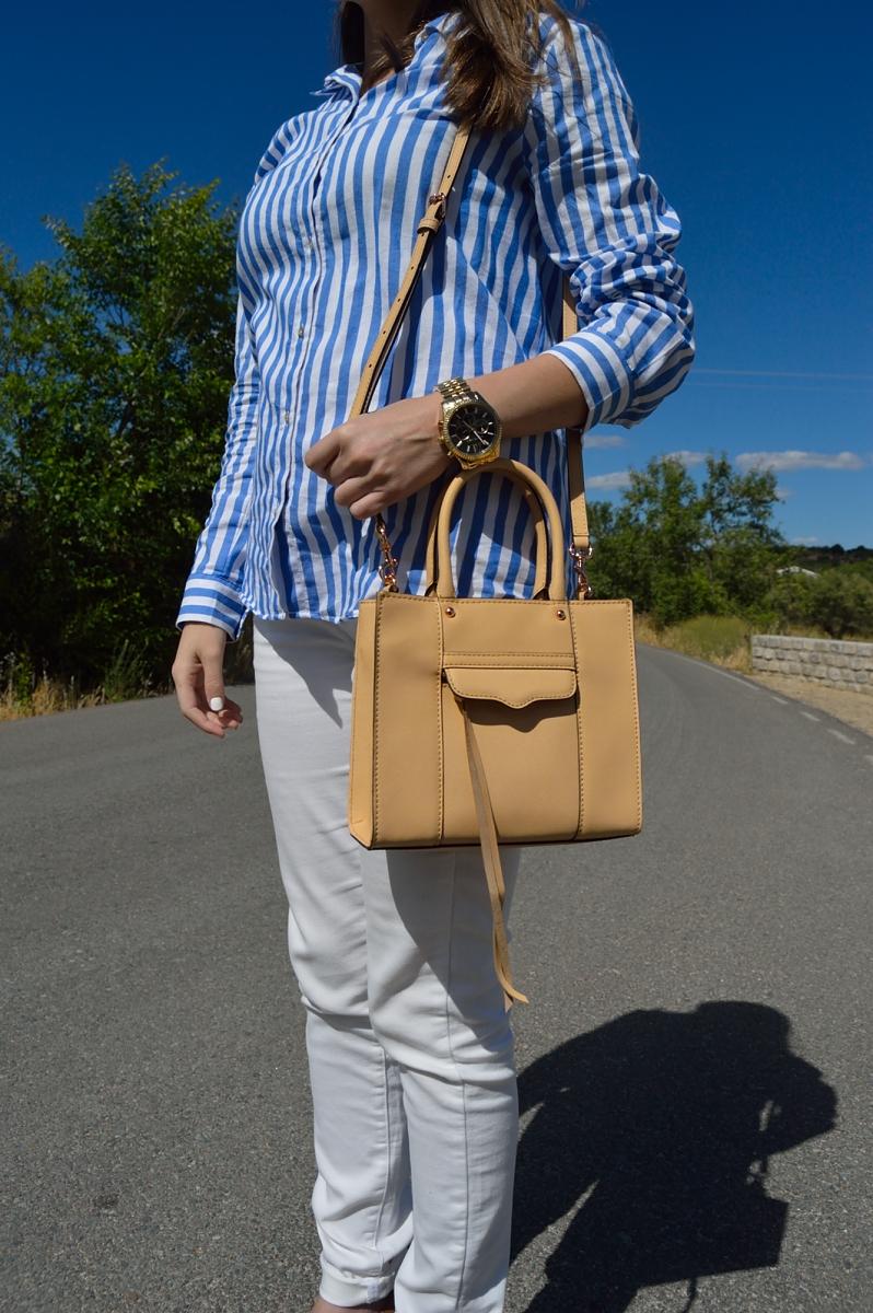 lara-vazquez-madlula-blog-details-rebecca-minkoff-beige-bag