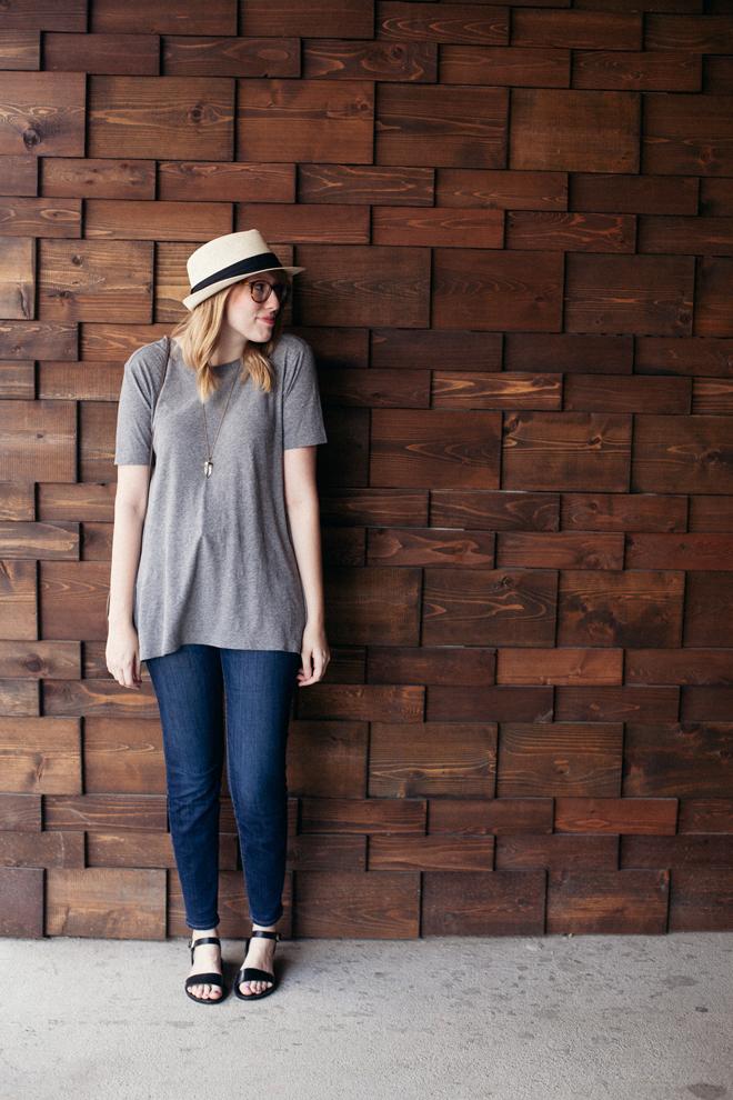 straw hat grey tunic6
