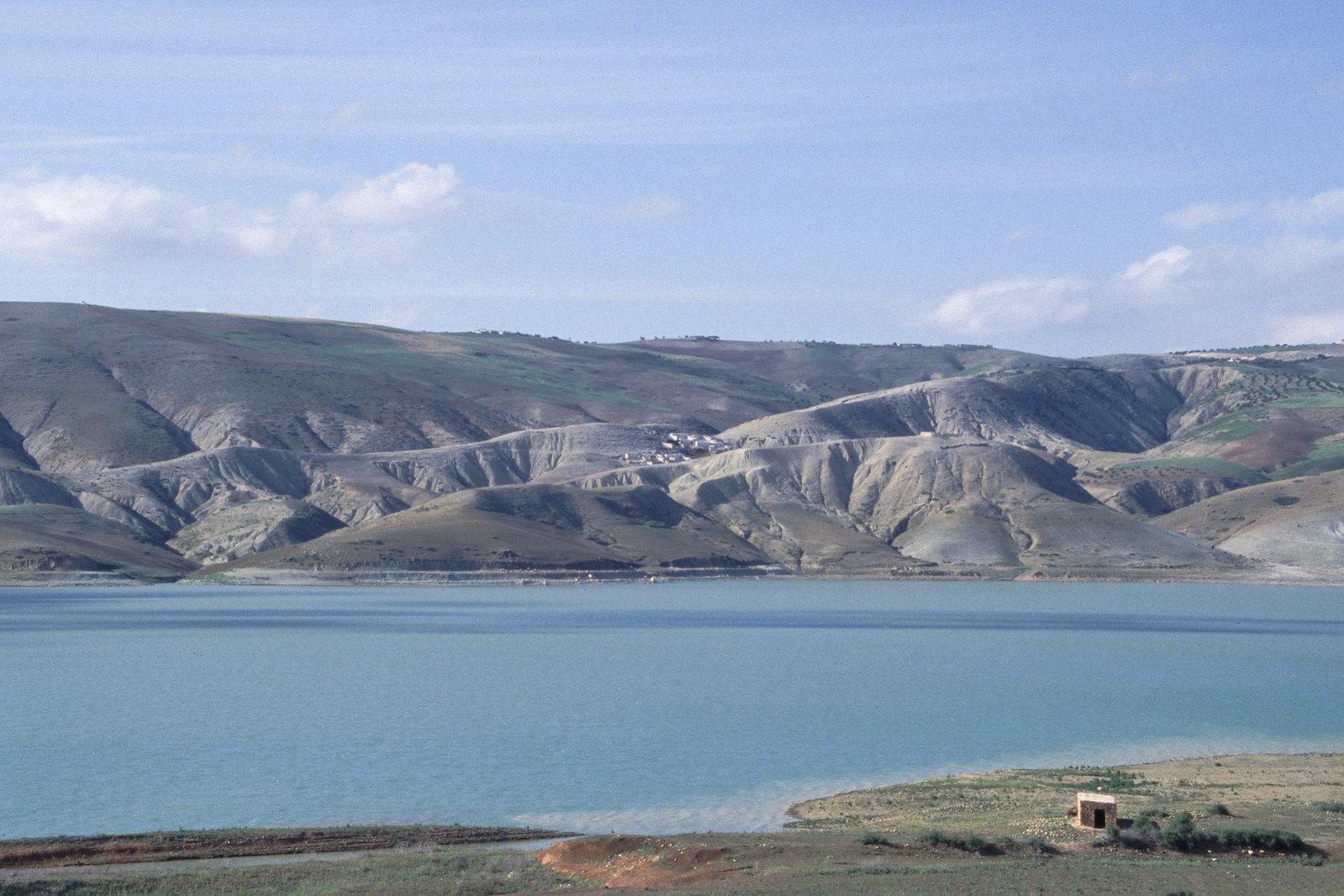 Maroc oriental - Paysage du moyen Atlas, autour de Taza