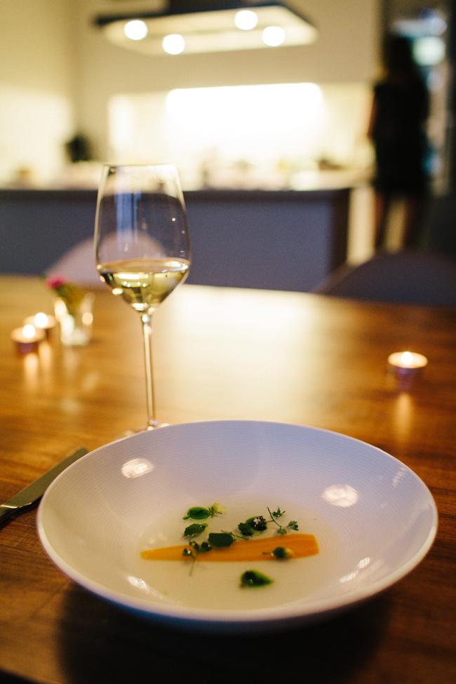 Jung Grün Blau dashi soup