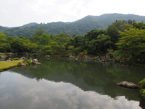 天龍寺 曹源池