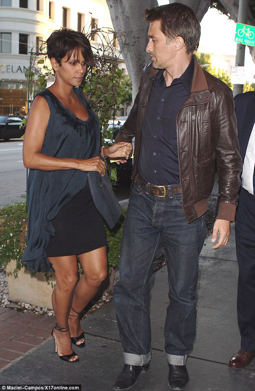 Halle-Berry-Fashion-and-style-1