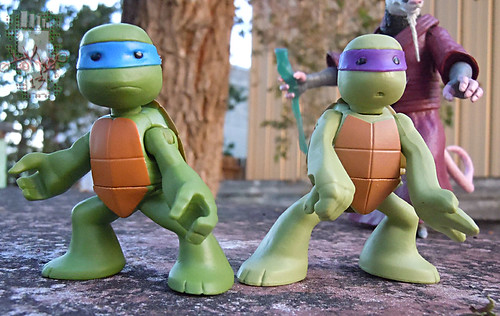 Nickelodeon  TEENAGE MUTANT NINJA TURTLES :: NINJAS in TRAINING, LEONARDO & DONATELLO iv (( 2013 ))