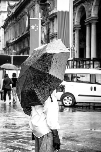 Rainy day in Milan #1 by Davide Restivo