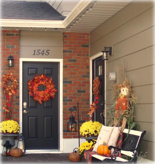 Outdoor Fall Display