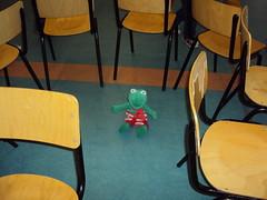 K2 : 'Kikker en de stoelendans'