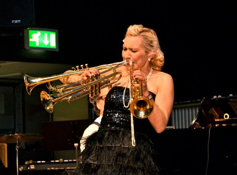 Lilla Brassbandfestivalen 2013 - Spelar hon med trippeltunga?