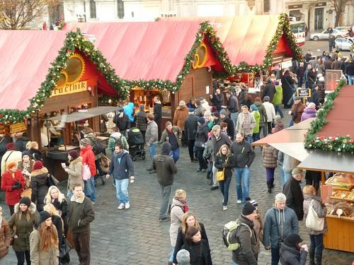 Mercadillo de Navidad en la Plaza de la Ciudad Vieja de Praga