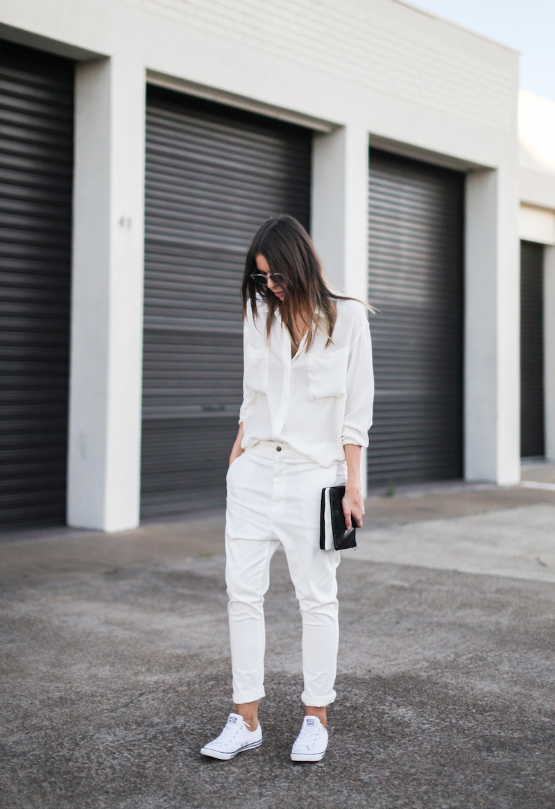 modern legacy fashion style blogger australia Camilla Marc silk shirt Bassike slouch pants Witchery snakeskin clutch Comverse Dainty All Star trainers Sambag sunglasses summer street style (1 of 10)