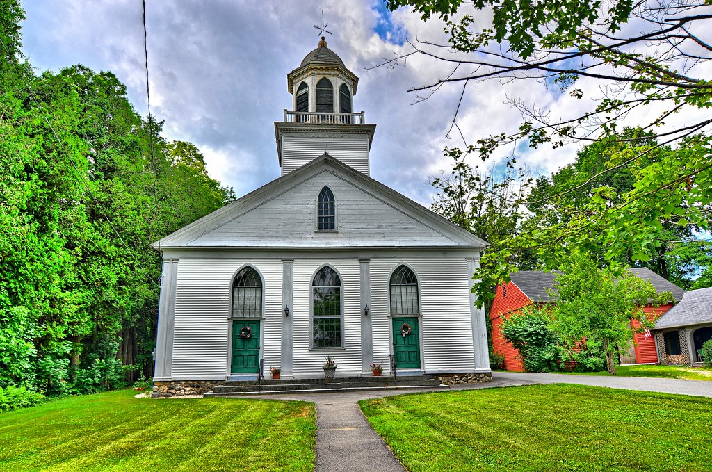 Petersham Orthodox Congregational Church - Petersham Common Historic District - Petersham MA